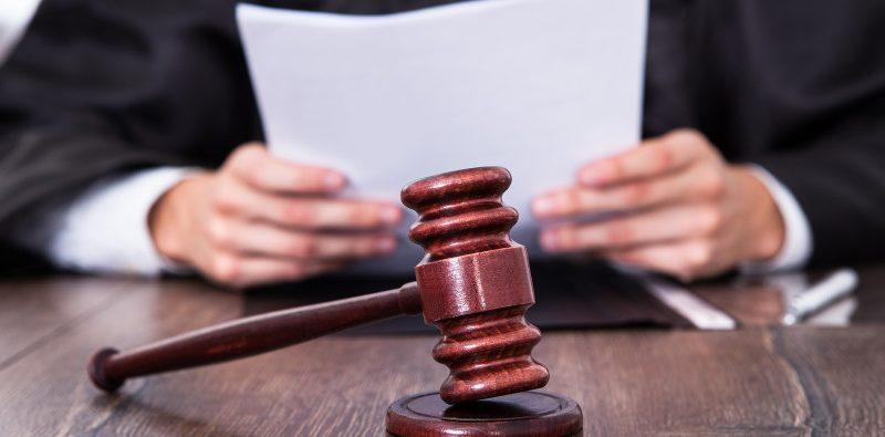 giudice-e-martello