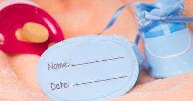 Attribuzione cognome al figlio nato fuori dal matrimonio: la Consulta solleva questione di legittimità